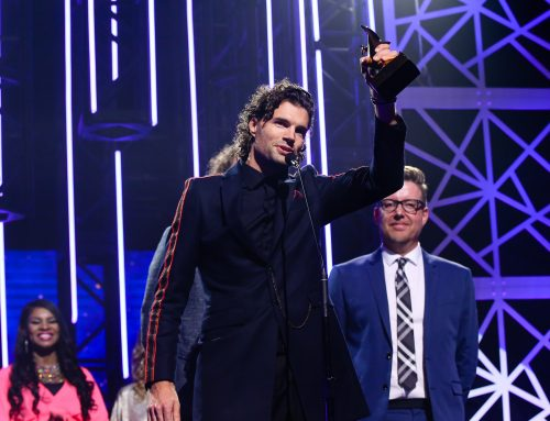 for KING & COUNTRY – Win a Dove Award for 'God Only Knows'